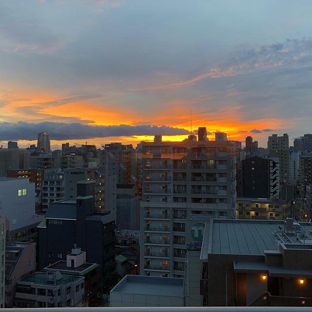 寒い冬は夕焼けがとても綺麗♪(´ε` )#夕焼け #sunrise #japan